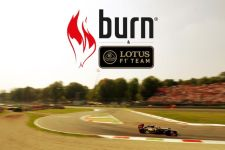burn-energy-drink-lotus-f1-team-1s
